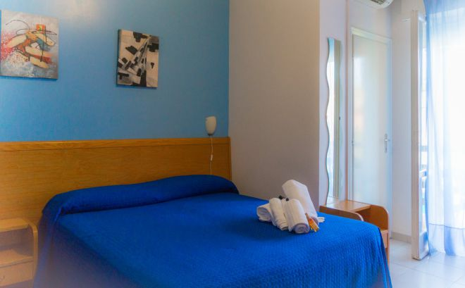 QUADRUPLA PICCOLO HOTEL 111