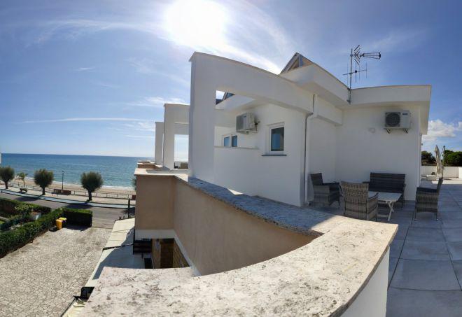 Superior vista mare hotel terracina (CURVA) (1)